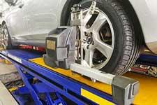 Top Signs your Vehicle Needs a Wheel Alignment